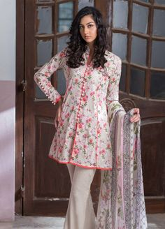 Buy Malhar Lawn Printed Bamboo Summer 2019 Collection Printed Lawn Unstitched 3 Piece Suit from Sanaulla Store - Original Products. Girls Dresses Sewing, Stylish Dresses For Girls, Simple Dresses, Casual Dresses, Stylish Dress Book, Short Dresses, Kurta Designs, Kurti Designs Party Wear, Blouse Designs