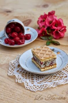 La Ancuţa: Prajitura Rumba cu visine Romanian Food, Tiramisu, Waffles, Deserts, Dessert Recipes, Sweets, Baking, Breakfast, Ethnic Recipes