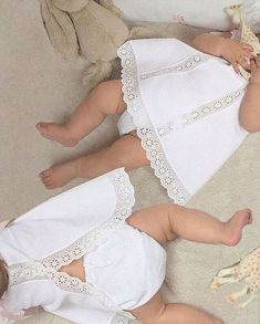 We # love # @ letilusilababy # lovely️️ Baby Girl Romper, Little Girl Dresses, My Baby Girl, Vintage Baby Dresses, Sewing For Kids, Baby Sewing, Baby News, Heirloom Sewing, Baby Patterns