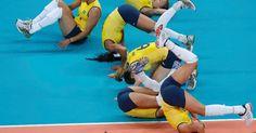 Brasil repete roteiro, vence os EUA e é bicampeão olímpico de vôlei feminino!!!