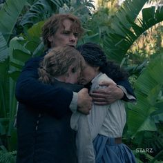 @JohnBell : My favourite moment of the finale. (among many!) Together again. ❤️ #OutlanderFinale [11 December 2017]