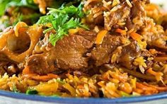 Do you like pilaf? What is meant here is real Uzbek pilaf made of mutton and in a special large cooking pot. You are welcome to take part in the process of making and eating real pilaf from the city of Tashkent. Bulgarian Recipes, Russian Recipes, Bulgarian Food, Rice Dishes, Main Dishes, Uzbekistan Food, Easy Lo Mein Recipe, My Recipes, Healthy Recipes