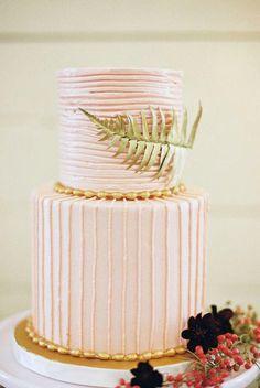 wedding cake idea; photo: Amber Snow Photography via Ruffled