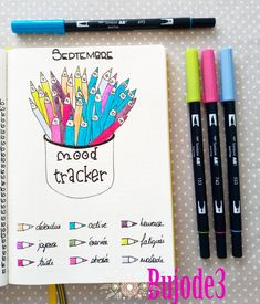 If you're looking for mood tracker ideas for your bullet journal, then you've come to the right place. Here are 36 monthly bullet journal mood tracker ideas you have to try! Bullet Journal Tracker, Bullet Journal 2018, Bullet Journal School, Bullet Journal Notebook, Bullet Journal Inspo, Journal Layout, Journal Pages, Tracker Mood, Bellet Journal
