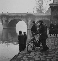 Près du Pont-Neuf Paris 1951 Photo: Robert Doisneau