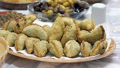 There are different recipes to make sambusak, as every cook adds his or her own touch to it.