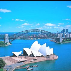 Sydney Australia......by far my favorite vacation spot ... cheap hotels in #Sidney #Australia http://holipal.com/hotels/