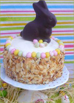 Gâteau surprise de Pâques Surprise Cake, Vegan Baby, Easter Recipes, Easter Ideas, Cakes And More, Cereal, Blog, Birthday Cake, Sugar