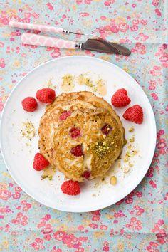 almond raspberry pancakes @Jen Laceda | Tartine and Apron Strings