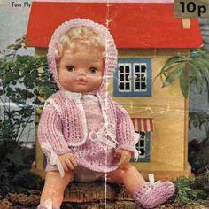 Vintage doll knitting pattern for 15in dolls Robin 2374 PDF