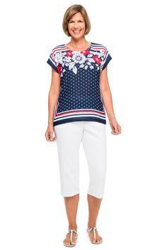 American Dream scarf print woven top and solid capri. #Alfreddunner #redwhiteandblue #scarfprint #print #woven #white #capri #summerstyle #style #fashion #patriotic #floral