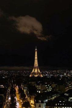 Paris At Night, Night City, Eiffel Tower Photography, Paris Photography, Travel Photography, Hunting Photography, Photography Ideas, Eiffel Tower At Night, Paris Eiffel Tower