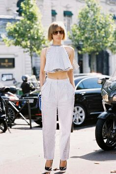 Silk pants + crop top is a perfect combo for spring // #streetstyle #fashion