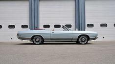 ООО Форд 1972 Кабриолет представил, как много S111 в Канзас-Сити, Миссури