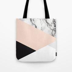 marvella Tote Bag by puravidadecor Diy Fashion Hacks, Work Tote, Patchwork Bags, Tote Pattern, Denim Bag, Handmade Bags, Fashion Handbags, Carrera, Purses And Bags