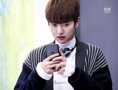 Legend of Blue Sea 2016 # Screenshots here is Tae Oh the cutest and Genius Hacker Cross Gene, Korean Celebrities, Korean Actors, Shin Won Ho Cute, Legend Of Blue Sea, Shin Won Ho Legend Of The Blue Sea, Dramas, Tae Oh, Descendents Of The Sun
