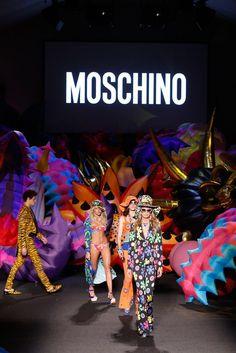 Moschino Spring 2017 Menswear Fashion Show