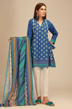Khaadi Blue Winter Collection 2018 Whatsapp: 00923452355358 Website: www. Pakistani Dress Design, Pakistani Outfits, Indian Outfits, Pakistani Salwar Kameez, Salwar Suits, Girl Photography Poses, Online Shopping Stores, Winter Collection, Clothes For Sale
