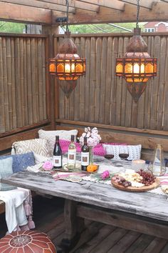 Tips to create a Moroccan wine night outside! Keep the food simple and add some pretty decor from inside to your table out! And don't forget delicious wine...like from @kenwoodvineyard! (Sponsored Pin)