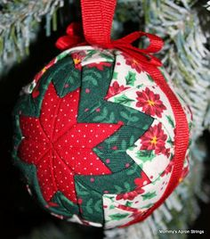 Quilted Star Ornaments. These ornaments are so easy and fun to make. Link to directions on the author's blog.