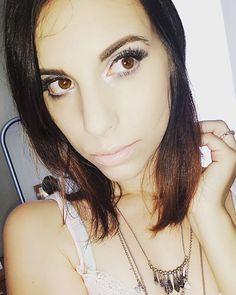 Vídeo novo no meu canal. �� #makeupartist #selfie #lipstick #fashion #love #cosmetics #eyeshadow #beautiful #lashes #me #eyeliner #mascara #maquiagem #instamakeup #pink #happy #style #maquillaje #ilovemakeup #beautyblogger #makeuplover #instabeauty #nyx #make #contour #skincare #glam #face http://ameritrustshield.com/ipost/1543533915967574377/?code=BVru-soA9Fp