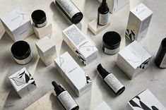 CARACALLA | COSMETICS, RE-BRANDINGCaroselloLab worked on a total re-branding for the roman cosmetic brand Caracalla.We designed a brand new logo and identity, the whole packaging line, a presentation folder and a conspicuous set of photographs.Our ai…