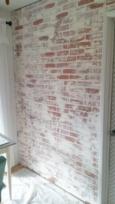 How to create a German schmear faux brick wall. Faux Brick Wall Panels, Brick Wall Paneling, Painted Brick Walls, Brick Accent Walls, Fake Brick Wall, German Schmear, Brick Wall Bedroom, Brick Fireplace Makeover, Fireplace Ideas