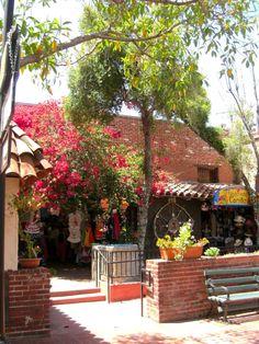 Olvera Street - Los Angeles - Oldest street in LA