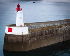 Whi can see that guy? Hm  #tinyhouse #tinyperson #port #saintmalo #lighthouse #seaside #hello_france #france #igers #igerfrance #igersoftheday #igersdaily #daily #dailypost #iglife #explorer #explore #neverstopexploring #lookaround #serialtraveler #exklusive_shot #beautifuldestinations #visualoftheday #ig_france #kings_villages #agameoftones #toplondonphoto #ig_masterpiece #visitfrance #picoftheday