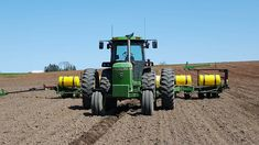 John Deere 4440 on 12 row planter John Deere Equipment, Heavy Equipment, Tractor Cabs, Tractor Implements, Heavy Machinery, John Deere Tractors, Rottweiler, Farm Life, Planting