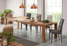 Un tavolo allungabile in legno massello, di alto design. Un capolavoro di bellezza e solidità. Una struttura imponente, forte e robusta, in una linea essenziale e pulita che si impone con determinazione e dà un espressione di risoluzione all'ambiente.