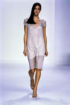Calvin Klein Collection Spring 1995 Ready-to-Wear Fashion Show - Natane Boudreau
