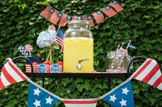How to Create the Perfect Lemonade Stand for 4th of July