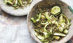 Ella Woodward& lentil, courgette and mint salad recipe Side Dish Recipes, Gourmet Recipes, Vegan Recipes, Vegan Meals, How To Cook Asparagus, How To Cook Eggs, Cooking Prime Rib, Deliciously Ella, Mint Salad