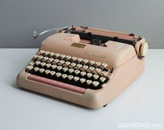 BABY PINK SMITH CORONA SUPER MANUAL TYPEWRITER WITH STRIPES AND PINK SPACEBAR + CASE - SOLD