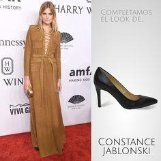 Constance Jablonski llevó en la inauguración de la Fashion Week en Nueva York este vestido. Nosotros lo completamos con nuestros #stilettos #exe #exeshoes #MBFWM