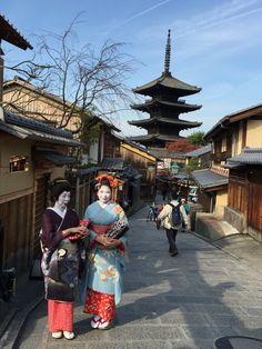 Maiko-san and Geiko-san  (Geisha)@Kyoto