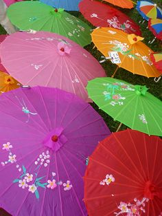 Colorful umbrellas in a rainbow of colors Colorful Umbrellas, Umbrellas Parasols, True Colors, All The Colors, Vibrant Colors, World Of Color, Color Of Life, Composition Photo, Color Splash