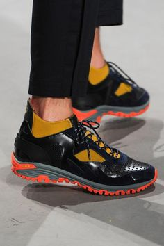 Kolor Spring 2015 Menswear. Sports Footwear, Minimalist Shoes, Hipsters, Nike Shoes, Shoes Sneakers, Shoe Game, Colorful Fashion, Fitness Fashion, Designer Shoes