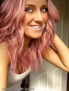 Rose gold hair...would love to try this but not sure I would look good in it