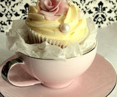 cupcakes in tea cups-not sure when i would use this, but i love it! little girls tea party birthday? Cupcakes Lindos, Bridal Shower Cupcakes, Pretty Cupcakes, Elegant Cupcakes, Yellow Cupcakes, Beautiful Cupcakes, Tea Party Birthday, 90th Birthday, Birthday Cupcakes