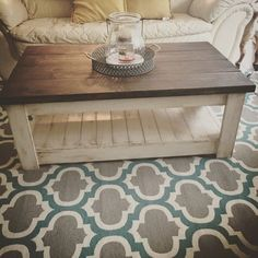Coffee Table Isn't this a great coffee table? Its in the rustic, farmhouse style.