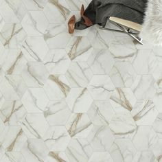 As the leader in vinyl flooring, Mannington has put together a guide that details everything you need to know about vinyl sheet flooring. Vinyl Sheet Flooring, Linoleum Flooring, Types Of Flooring, Flooring Options, Luxury Sheets, Moving Furniture, Natural Cleaners, Vinyl Sheets, Luxury Vinyl