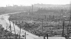 The bombing of Hiroshima in a 360 degree panorama. Unbelievable that this was 1 bomb..