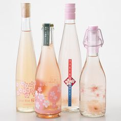 さくらづくしの春らしいフルーティーなワインセット。【桜コレクション4本セット】