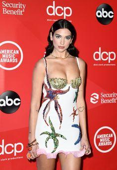 Dua Lipa Concert, American Music Awards, Jennifer Lopez, Wide Leg Pants, Celebs, Female, How To Wear, Fashion Design, Women
