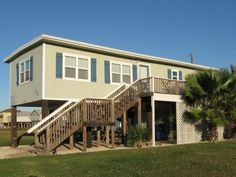 Bird of Paradise - Coastal Sisters Charming Rentals - Surfside Beach,Texas