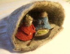 Needle Felted Nativity Scene Anna Branford | Felting | CraftGossip.com