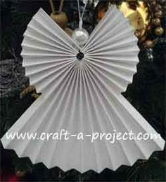 This Christmas Angel Ornament is a pretty easy Christmas Craft to make. - This Christmas Angel Ornament is a pretty easy Christmas Craft to make… once you understand how t - Christmas Angel Crafts, Christmas Origami, Handmade Christmas Decorations, Christmas Tree Themes, Christmas Love, Christmas Projects, Holiday Crafts, Christmas Ornaments, Christmas Poinsettia