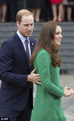Prince William has often put a protective arm around his wife or steered her in the right ... http://dailym.ai/1f3IrKj#i-9cfa0e3d